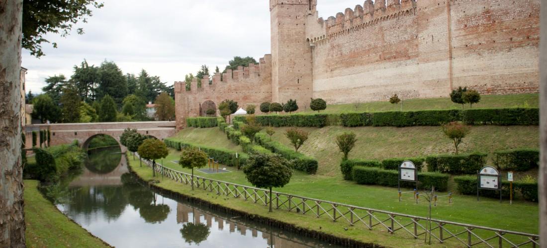 EXPLORE ITALY: The wall of Cittadella